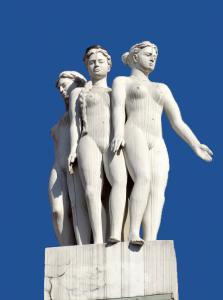 Women_Statue