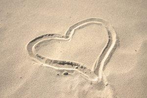 Sand_heart2